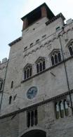palazzo priori.jpg
